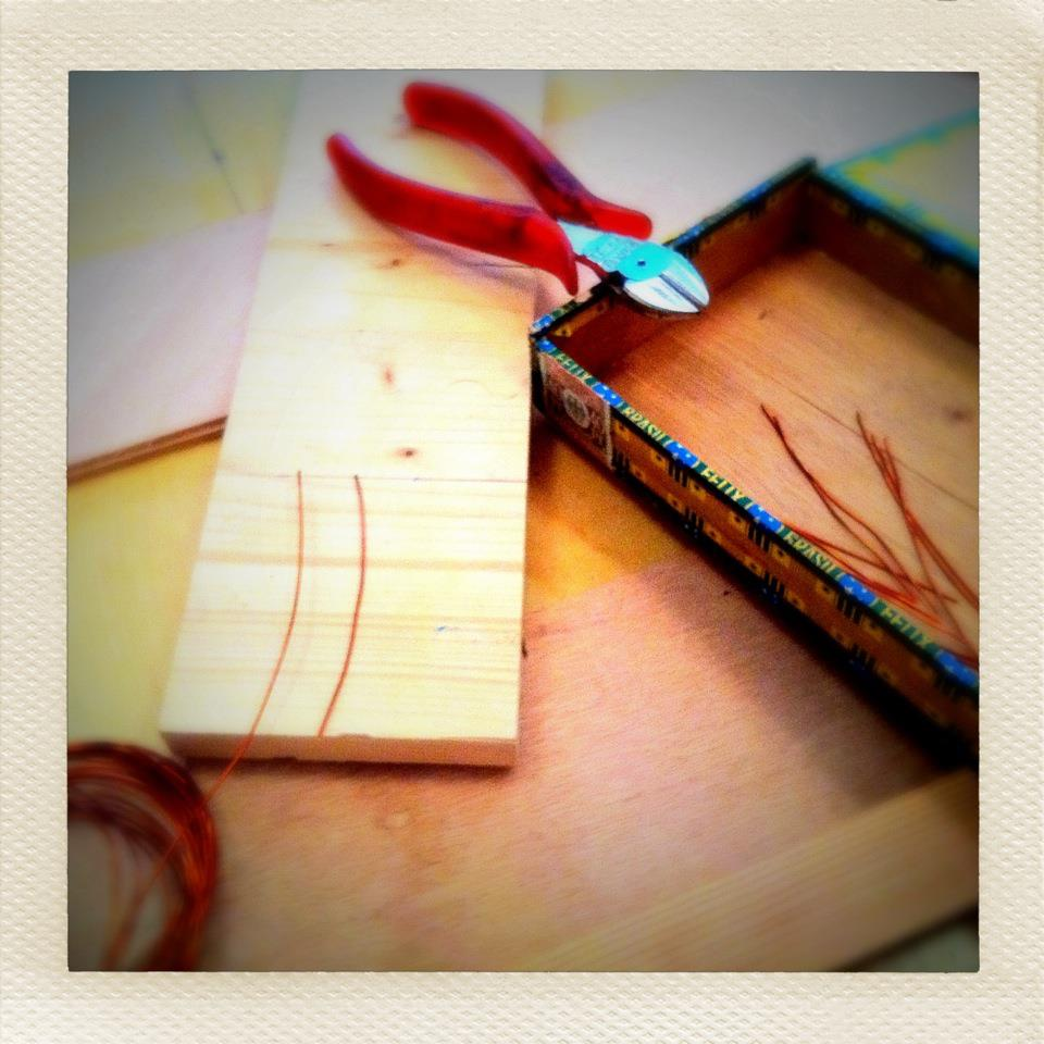 005_cutting_wires.jpg