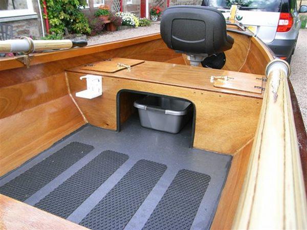 little-laker-canoe-trailer.jpg